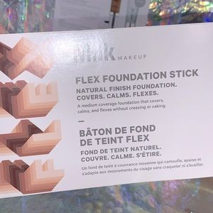 5/$25 Milk makeup flex foundation 6 bubble card